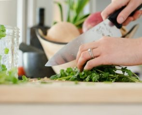 Need Help In The Kitchen? Try These Simple Cooking Tips!